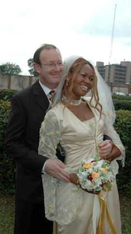 Photos Of Goldie And Her American Husband: Andrew Harvey Goldien+husband+lindaikejiblog