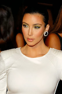Kim Kardashian Vera Wang wedding dress 2011