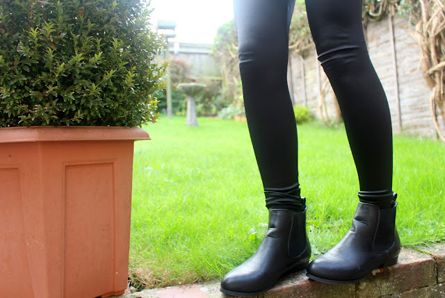 Chelsea boots Newlook Primark LOGGER