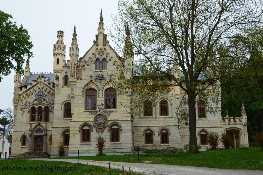 Castelul Sturza de la Miclauseni
