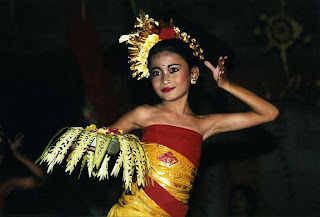 Preserve Culture of Dance of Pendet.