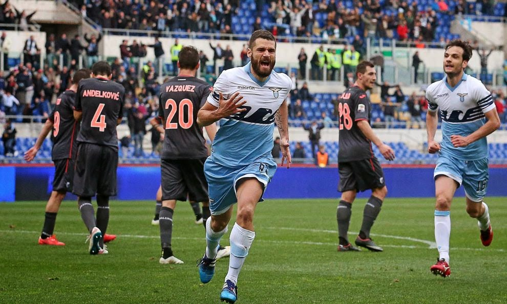 Lazio-Palermo 2-1 Video Candreva gol esultanza scivolo e infortunio