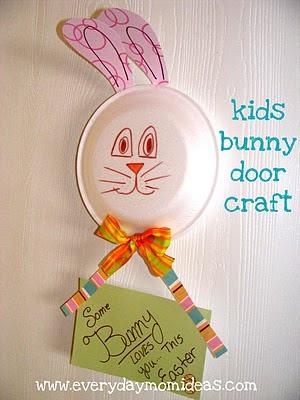 Easter bunny door decor craft idea for kids everyday mom for Idea door yw