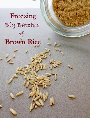 http://poorandglutenfree.blogspot.ca/2013/11/how-to-freeze-brown-rice-gluten-free.html