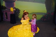 Tips on making Disney World Fun for little kids, especially if they like princesses