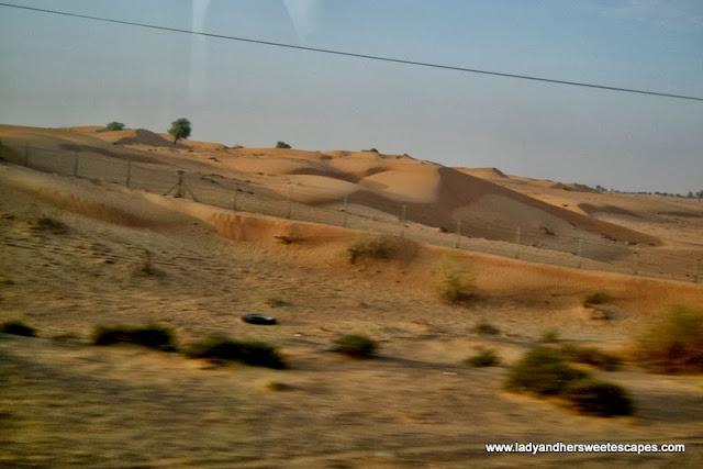 vast desert land in between Dubai and Fujairah
