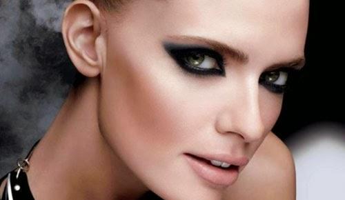 maquillaje de ojos para disfraz de angel caido