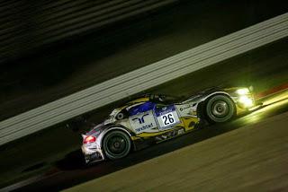 Problema durante pitstop noturno tirou chances de Farfus brigar pela vitória BMW