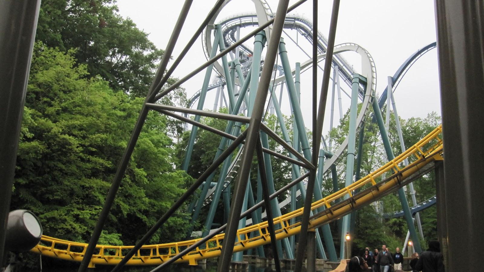 Coaster Reviews: Alpengeist - Busch Gardens Europe (VA)