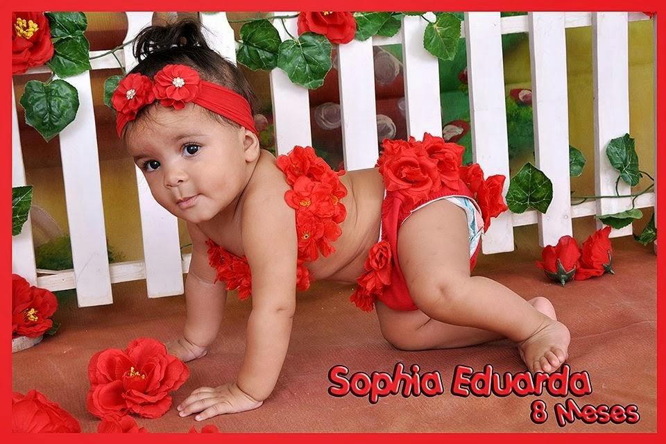 Sophia com 8 meses
