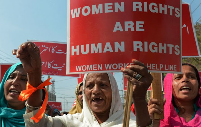 short essay human rights india 2 wwwssijmarin violation of women human rights in india abstract: human rights are those minimum rights which are compulsorily obtainable by every.