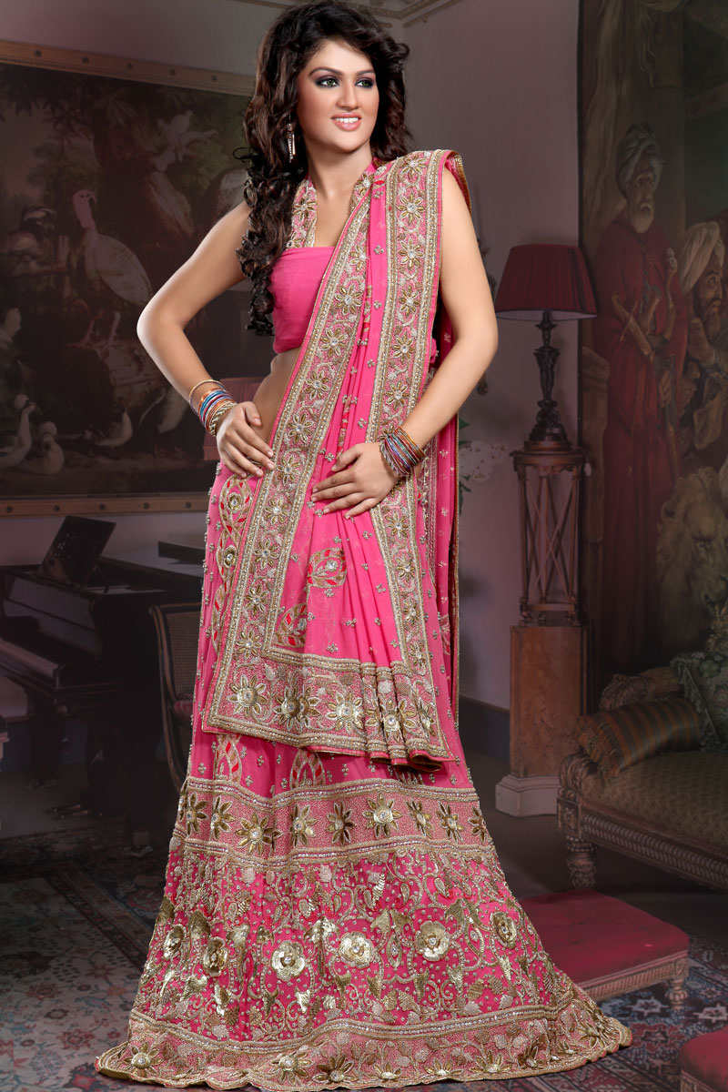 Latest ghagra choli designs pictures wallpapers for Latest style wedding dresses