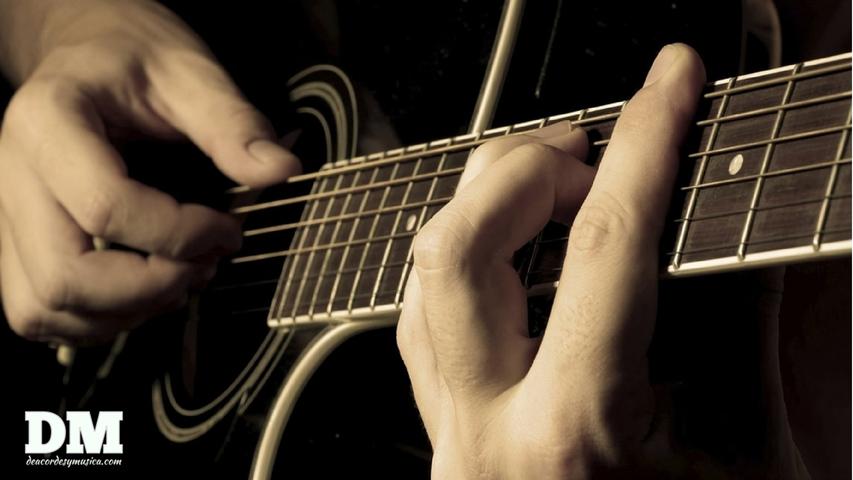 Aprende guitarra, los primeros acordes