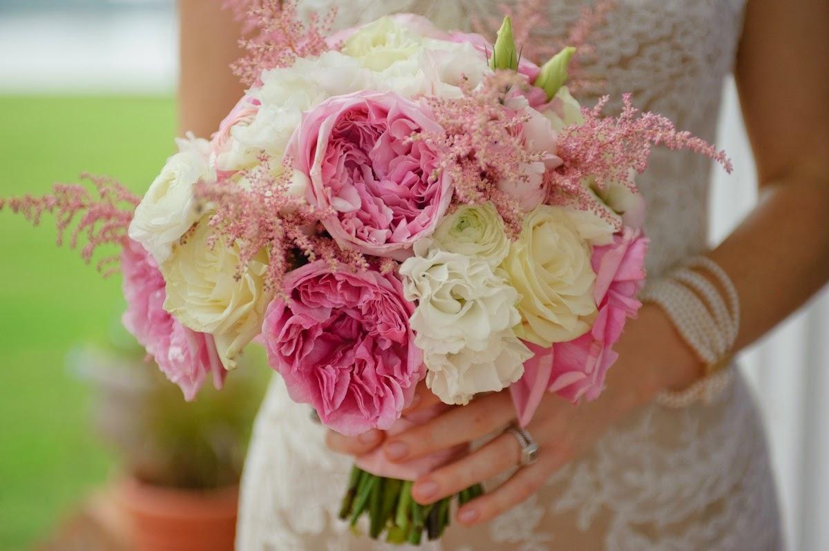 Achtergrond met bruid met bloemen