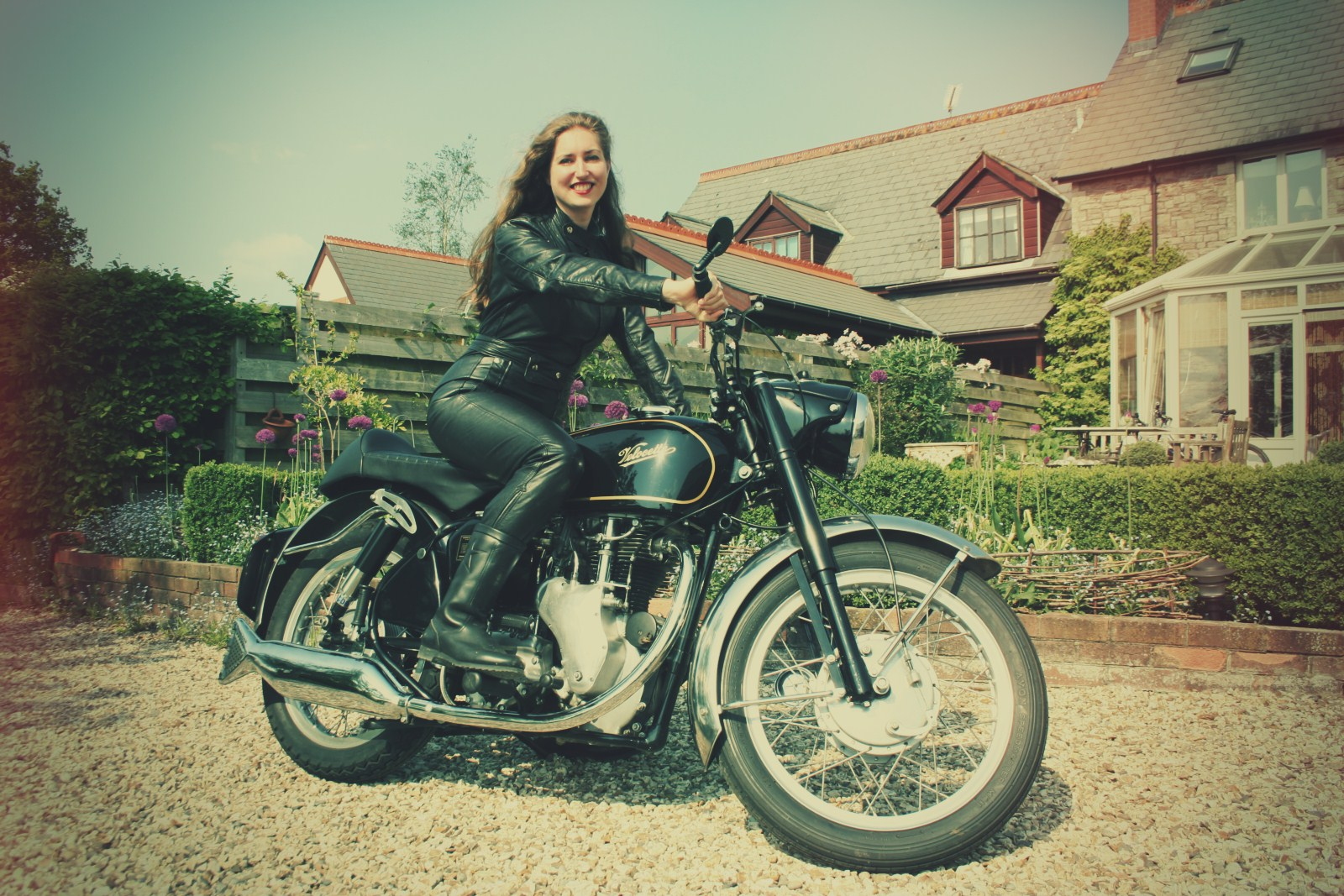 Girls on Motorcycles - pics and comments - Page 157 ...