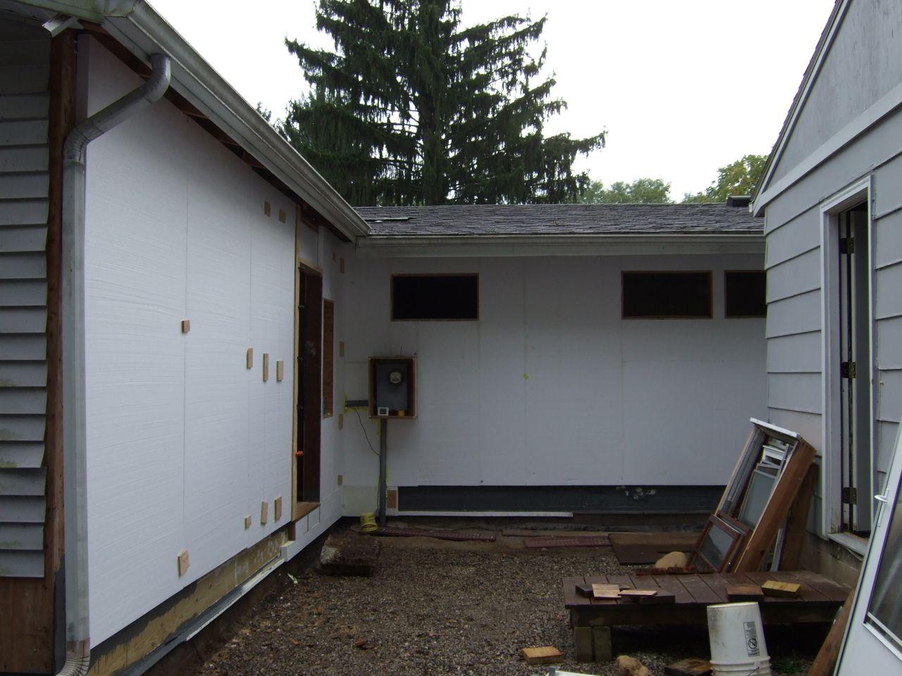 http://2.bp.blogspot.com/-0XcDEobE5sk/TqTBZ9i-XPI/AAAAAAAAALs/HzOVqtSeTEY/s1600/foam+wall.jpg