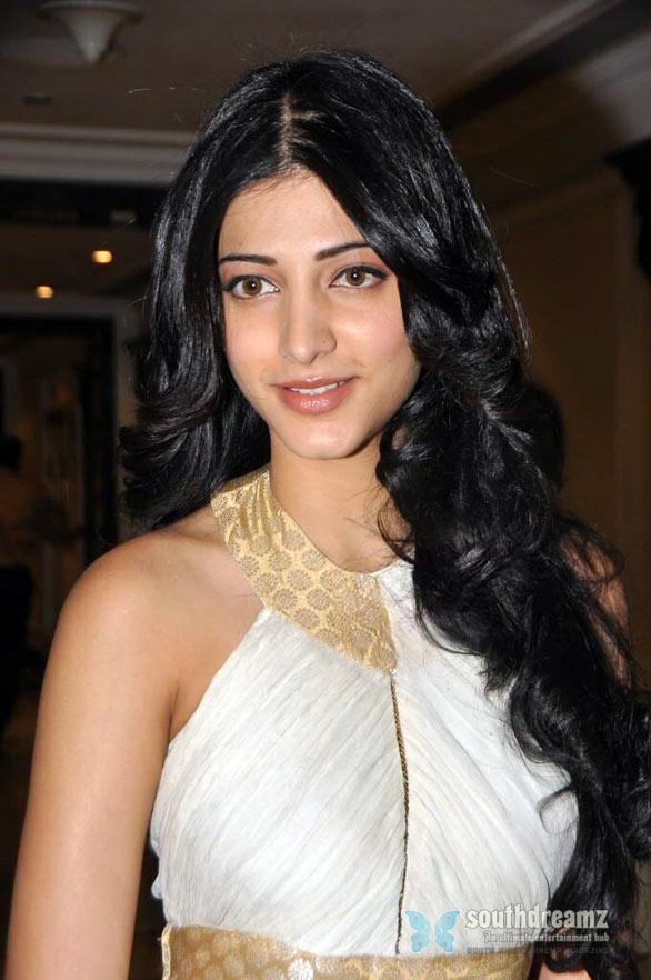 Hairstyle The Day Shruti Hassan Pretty Eyes Tamil Actress Images