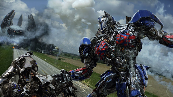 Optimus Prime Fighting Transformers