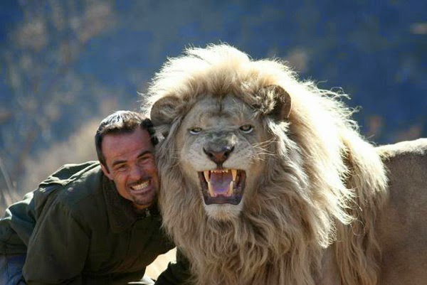 3. लायन विस्पर (The Lion Whisperer, Kevin Richardson), Hindi, Information, Jankari, History, Story, Kahani,