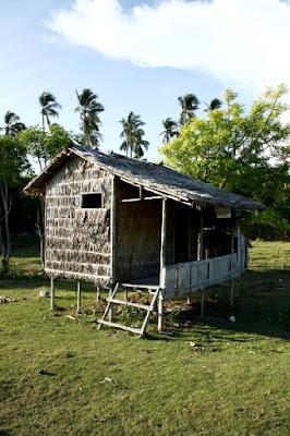 Bambushütte Maliangin Island bei Borneo