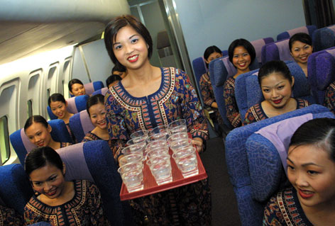 Singapore Airline Picture on Singapore Airlines Crew Are The Prettiest And The Most Efficient In