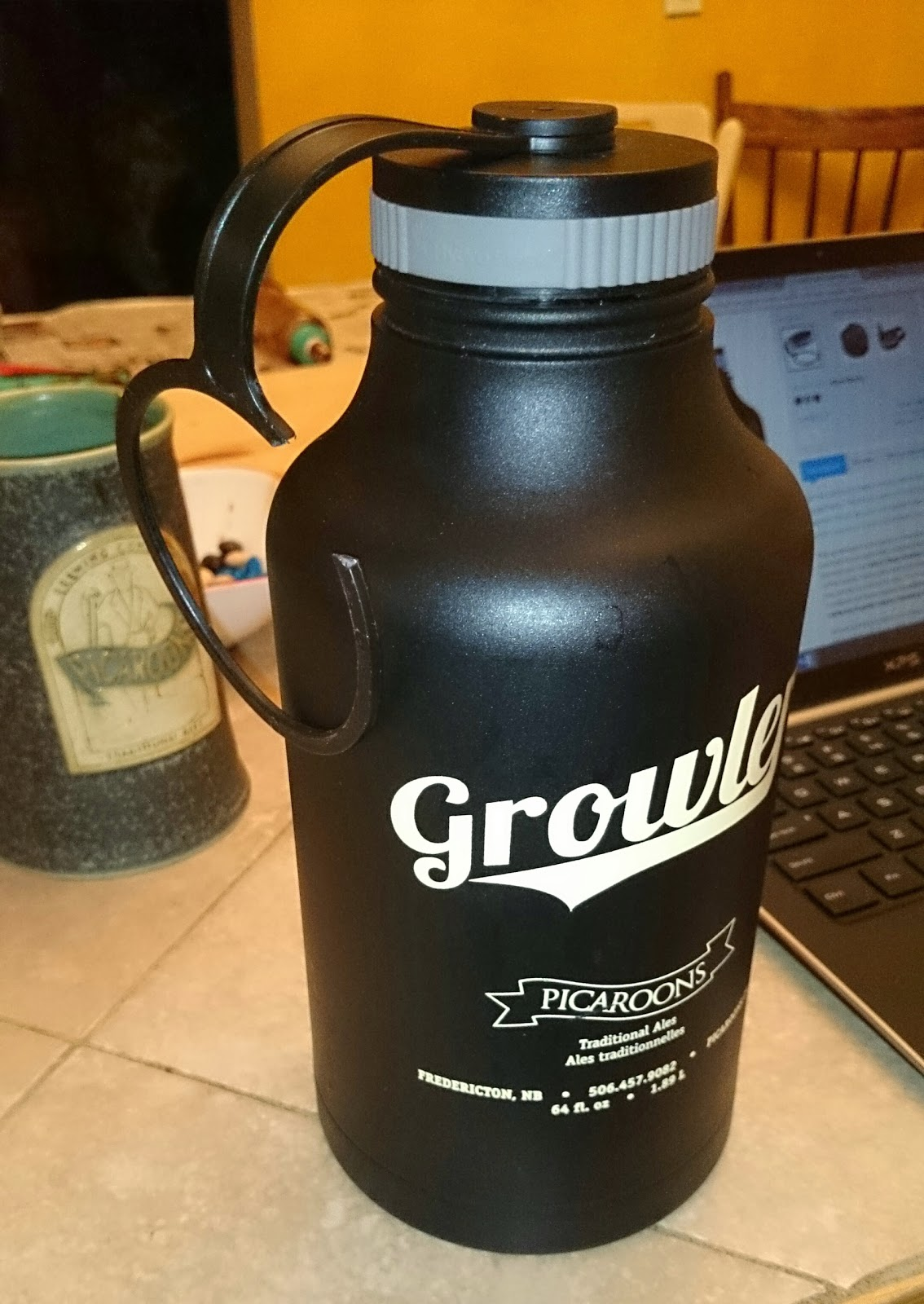 Hydro Flask with broken cap