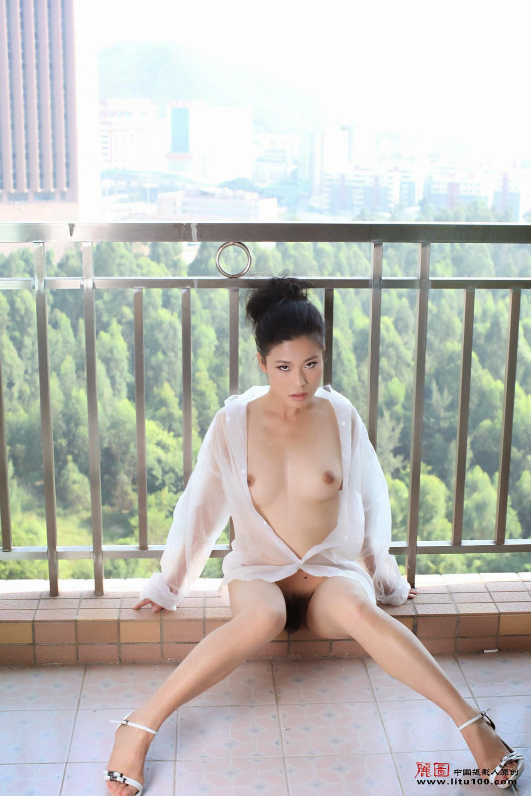 image Chinese with beautiful breasts 2
