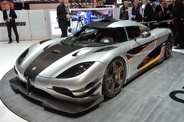 Top-Motor-Car-Koenigsegg-One