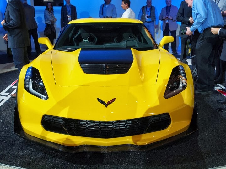 Chevrolet-Corvette-Z06-at-NAIAS-2014