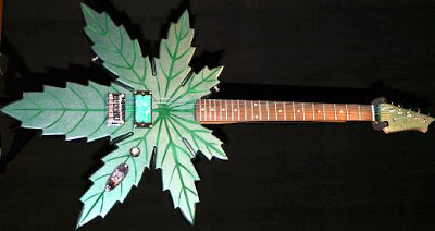 Creative Guitars and Unique Guitar Designs (15) 4