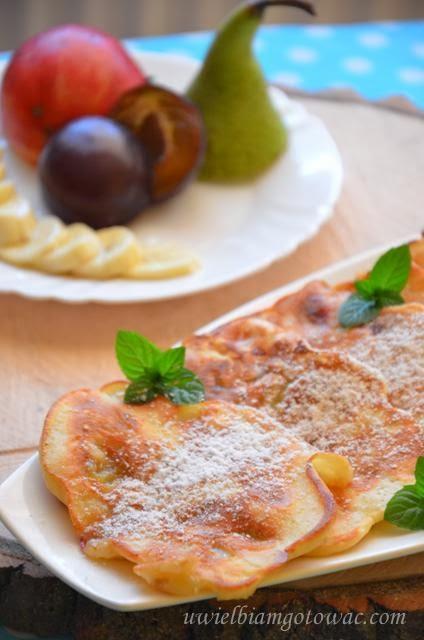 Placuszki serowe z owocami