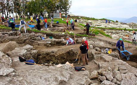 Τάφος βαμπίρ ανακαλύφθηκε από Βούλγαρο Indiana Jones