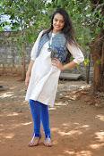 Nikitha Narayan new glam pics-thumbnail-1