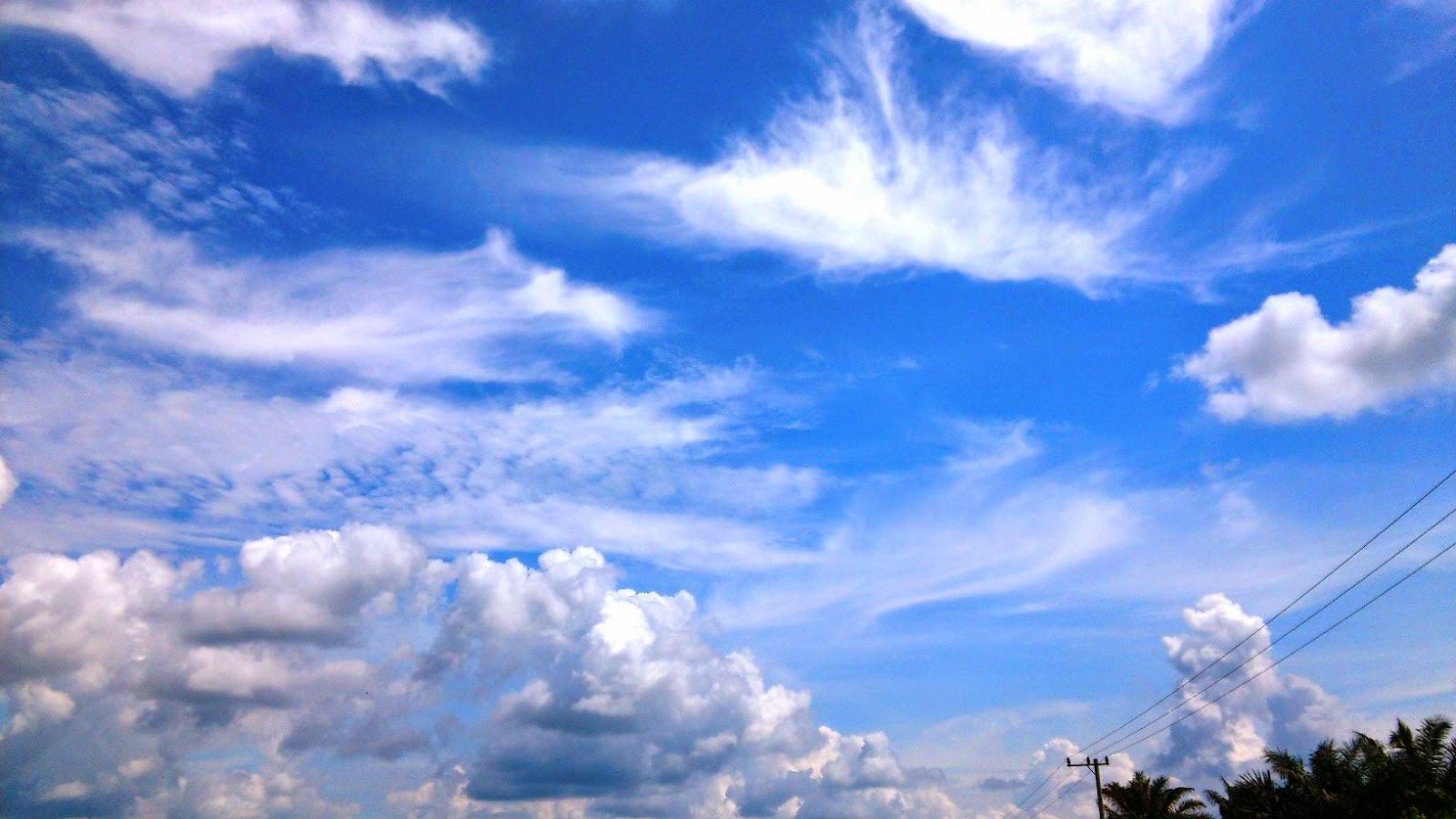 Gambar Pemandangan Langit Indah Biru Mega