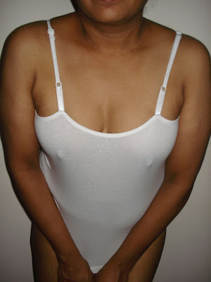 indian girl down blouse without bra nip slip