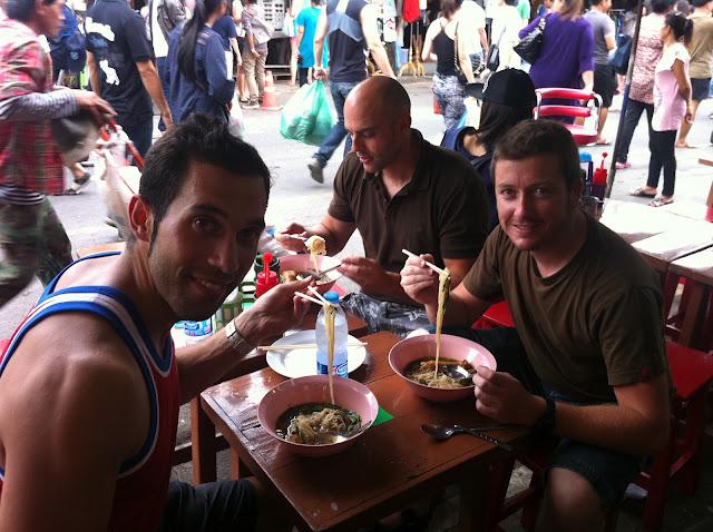 Comiendo en Chatu Chack
