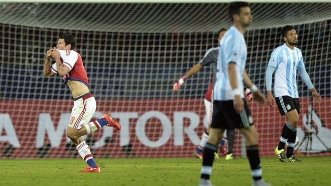 Lionel Messi - Argentina vs. Paraguay, Copa America Chile 2015 | Ximinia
