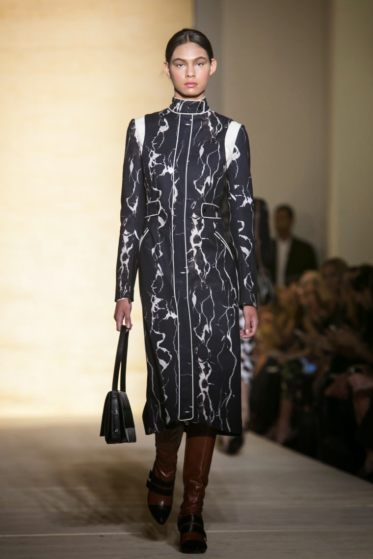Reinaldo Lourenco fall winter 2015, Reinaldo Lourenco fw15, Reinaldo Lourenco, Reinaldo Lourenco fall winter 2015, Reinaldo Lourenco Sao Paulo Fashion Week, du dessin aux podiums, dudessinauxpodiums, vintage look, dress to impress, dress for less, boho, unique vintage, alloy clothing, venus clothing, la moda, spring trends, tendance, tendance de mode, blog de mode, fashion blog,  blog mode, mode paris, paris mode, fashion news, designer, fashion designer, moda in pelle, ross dress for less, fashion magazines, fashion blogs, mode a toi, revista de moda, vintage, vintage definition, vintage retro, top fashion, suits online, blog de moda, blog moda, ropa, asos dresses, blogs de moda, dresses, tunique femme, vetements femmes, fashion tops, womens fashions, vetement tendance, fashion dresses, ladies clothes, robes de soiree, robe bustier, robe sexy, sexy dress, sao paulo fashion week