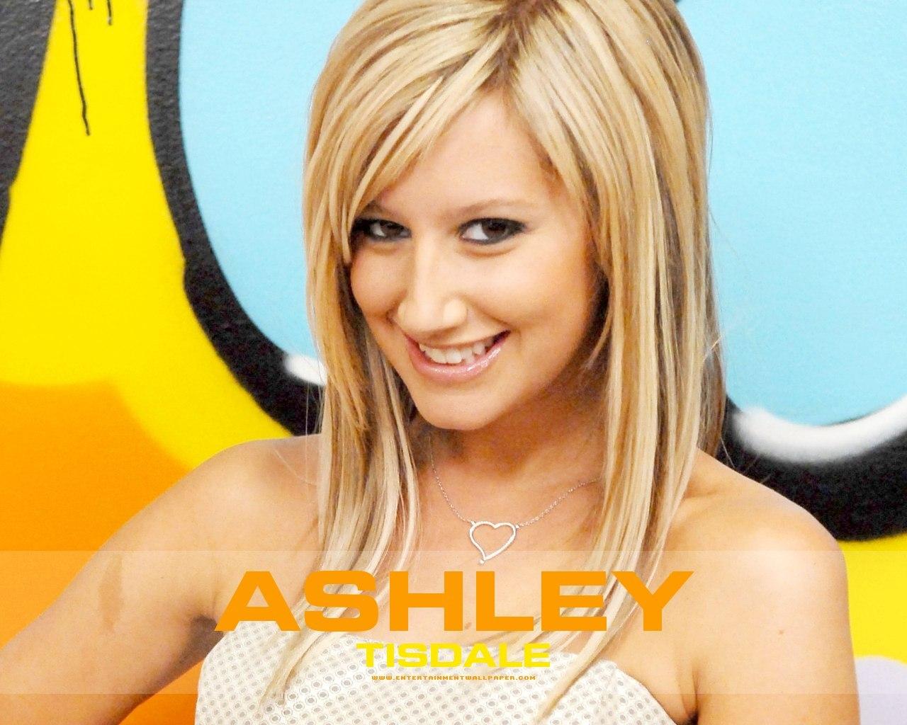 http://2.bp.blogspot.com/-0_CcJ-cLUic/T1AtS69kFII/AAAAAAAADQQ/dtSJypg2UQ8/s1600/ashley-tisdale-98.jpg