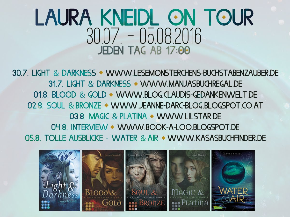 Laura Kneidl on Tour