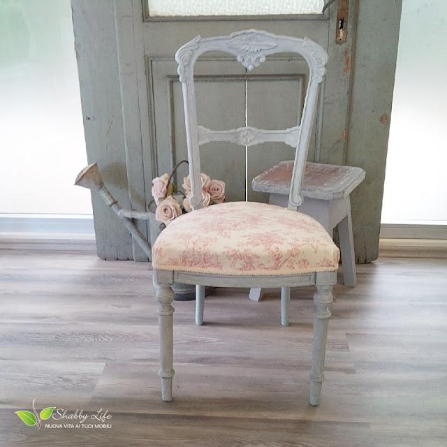 restyling di una sedia con toile de jouy
