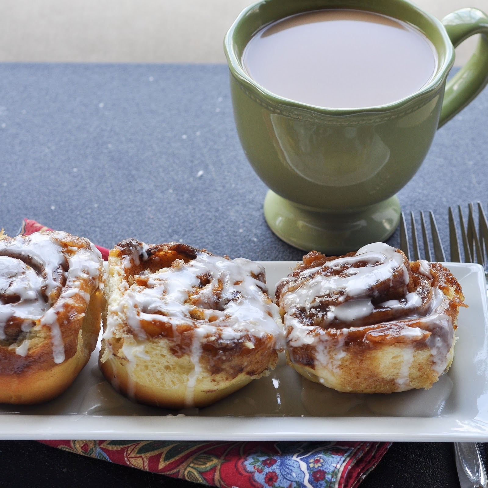 Good Thymes and Good Food: Overnight Cinnamon Rolls
