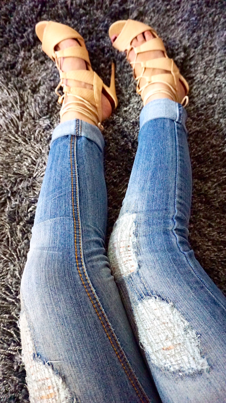 OOTD-Distressed-Jeans--Lce-up-Heels-Vivi-Brizuela.jpg