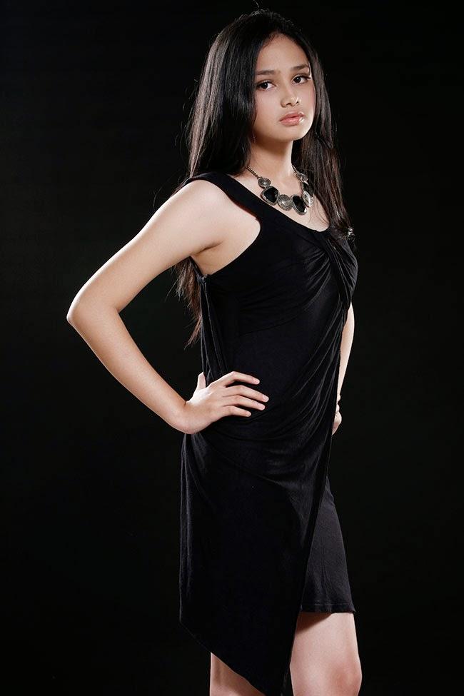 Foto Cantik Seksi dan Hot Syifa Hadju