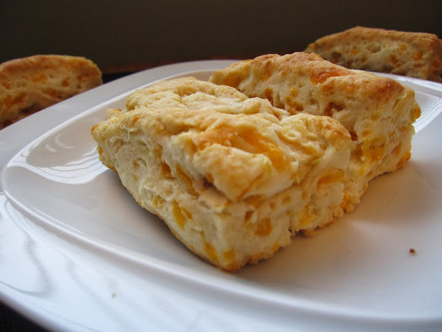 Apple Cheddar Cheese Biscuits