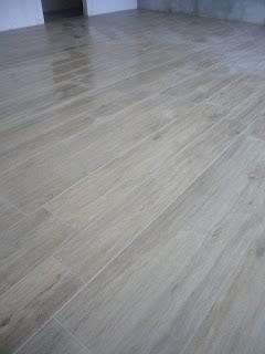 Gabbatore mattia pavimento in gres effetto legno - Posa piastrelle finto legno ...