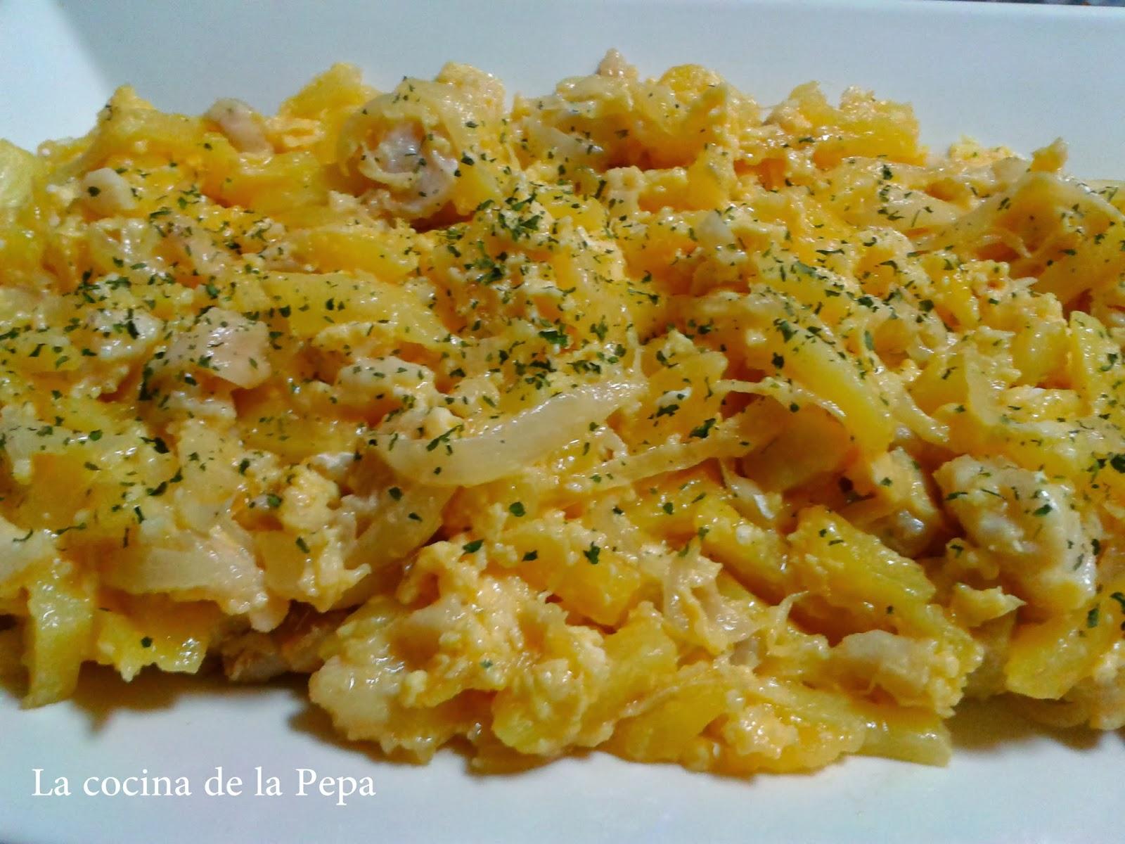 Revuelto de patatas bacalao y huevo - Bacalao con garbanzos y patatas ...