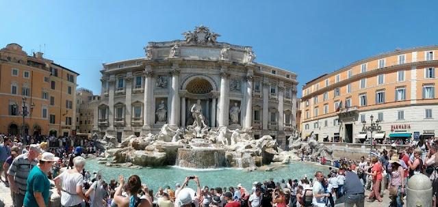 Roma Aşk Çeşmesi ve Çevresi