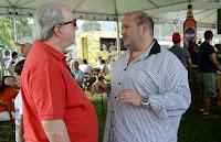 Secretário estadual de Turismo Nilo Sergio Felix e prefeito Márcio Catão conferem a potencialidade do evento que movimenta o turismo gastronômico