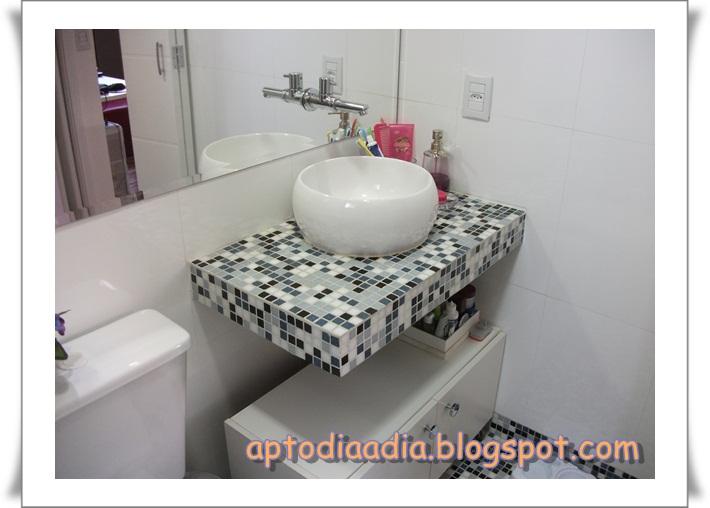 Apartamento dia a dia  BANHEIRO COM PASTILHAS -> Como Fazer Pia De Banheiro De Alvenaria